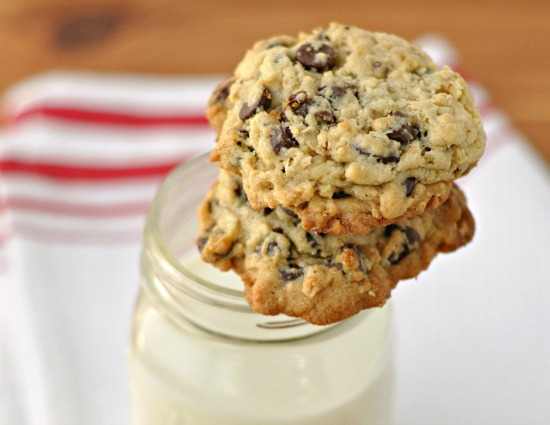 Chocolate Chip Oatmeal Cookies ~ The Way to Hi Heart ~ Soft, Chewy yet crispy, and loaded with chocolate chips. These cookies are amazing!