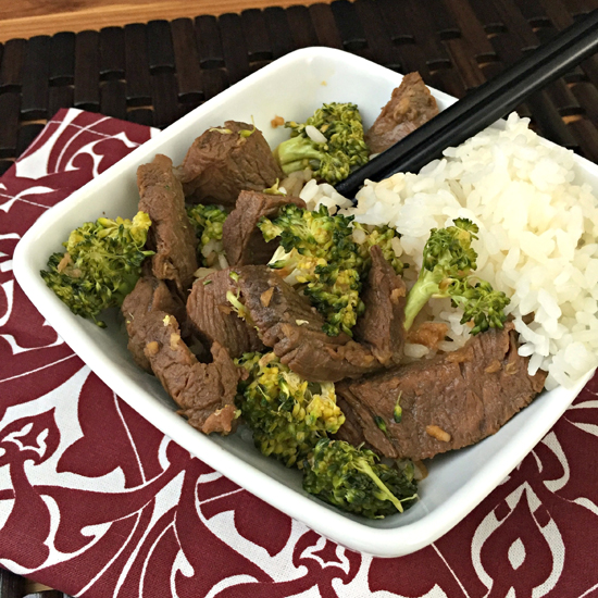 Slow Cooker Beef & Broccoli ~ A no fuss meal that is healthier than takeout and rivals the taste ~ The Way to His Heart #copycatrecipe #chinese #slowcooker