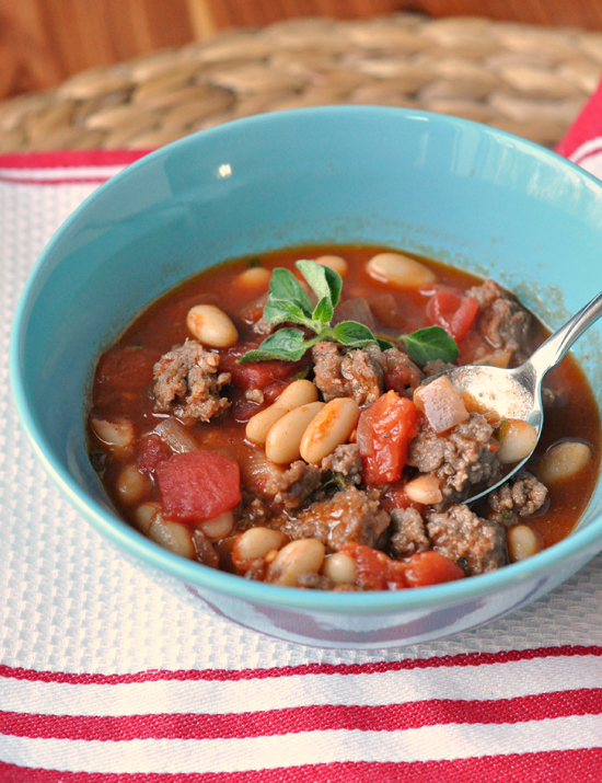 Sausage, Cannellini, and Tomato Ragout ~ Simple, delicious, healthy, and quick. Everything you want in a dinner! ~ The Way to His Heart